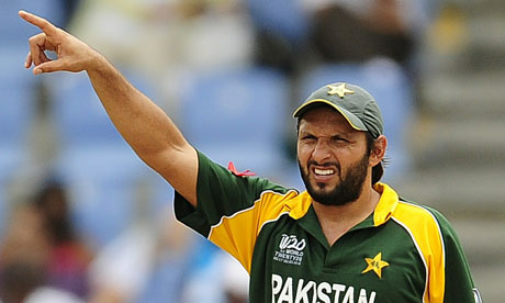 Pakistani-captain-Shahid--006