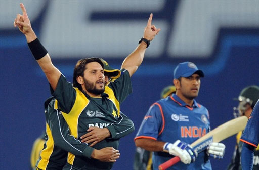 India vs Pakistan in the World Cup Semi-Final - Dhoni vs Afridi