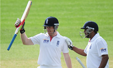 Eoin Morgan gives the selectors something to think about at Derby
