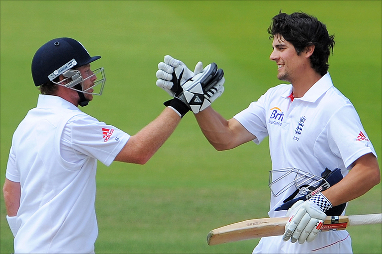 Alastair Cook and Ian Bell continued their hot streaks in the drawn 2nd Test