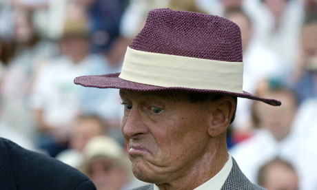Geoff Boycott contemplates apologising for the first time in his life