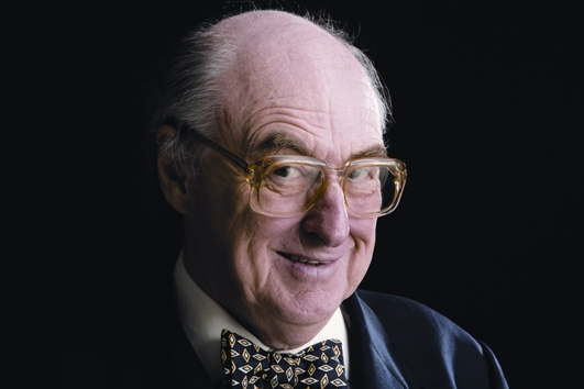 Henry Blofeld - A Reverse Sweep cricket commentary hero