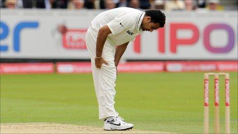Zaheer Khan pulls up lame
