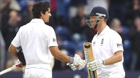 Alastair Cook and Jonathan Trott - England's run machines compare notes