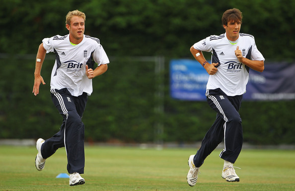 Stuart Broad and Steven Finn race to get the final spot in the XI for the Rose Bowl