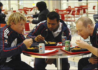 Samit Patel tucks in and lines up Ian Bell for pudding