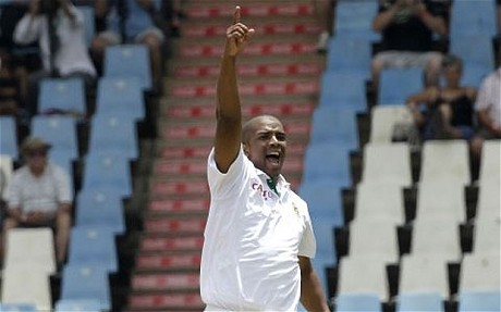 Vernon Philander performs Chesney Hawkes's The One and Only at Centurion