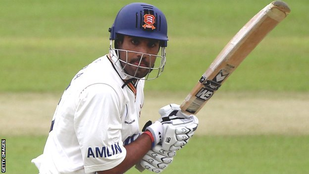 Ravi Bopara gave a sledgehammer like nudge to the England selectors with 174 classy runs at Northampton