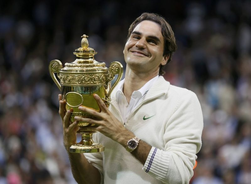 Roger Federer wins best jumper at Wimbledon once again